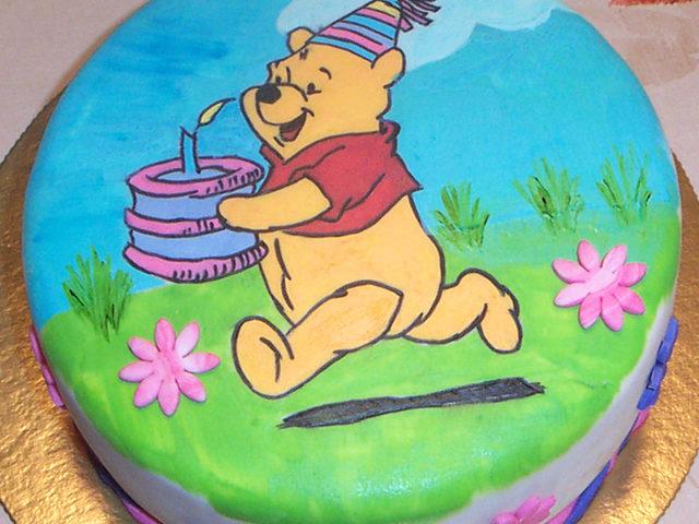 עוגה מצויירת של פו הדב