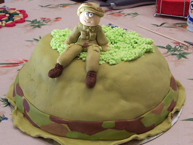 עוגה מפוסלת - חייל