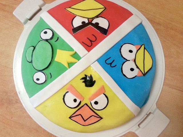 עוגת שוקולד angry birds