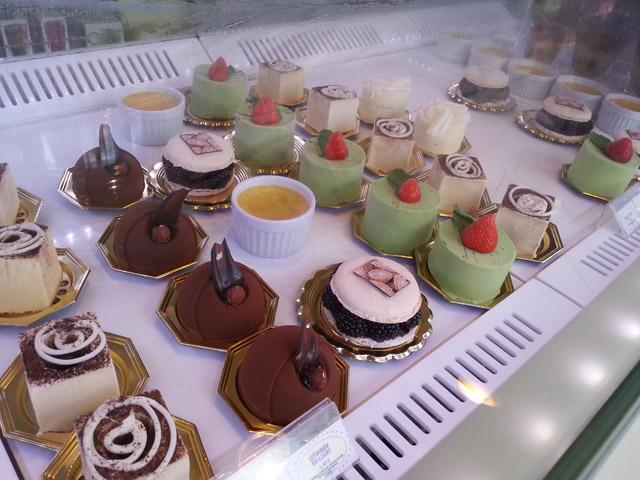 """עוגות יפות ב-""""לוליטה"""""""