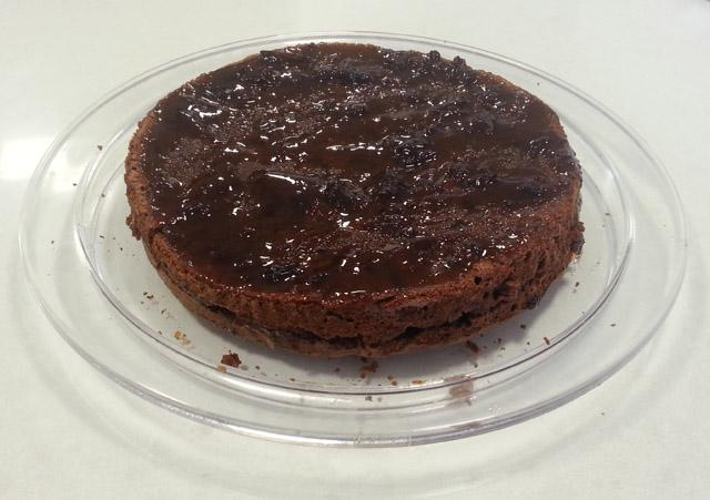 עוגה מצופה בזיגוג ריבה