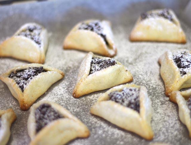 אוזני המן במילוי קרם עוגיות אוראו