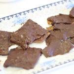 ממתק קרקרים ושוקולד ללא גלוטן