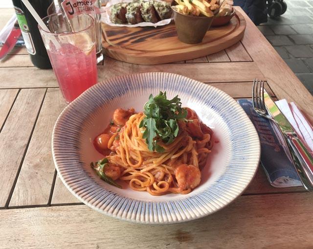 ספגטי טעים במסעדה של ג'יימי אוליבר בבודפשט