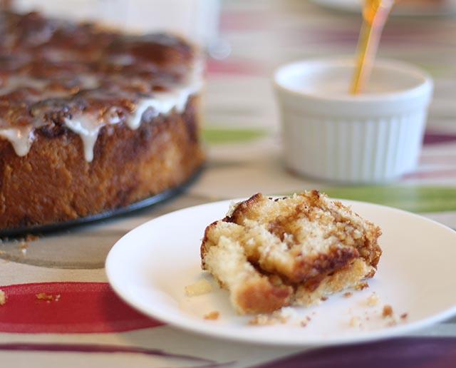 עוגת שמרים דבש ושקדים