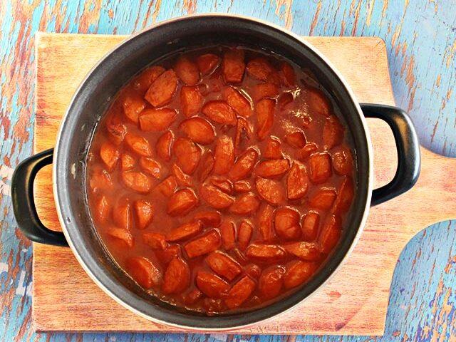 נקניקיות ברוטב עגבניות