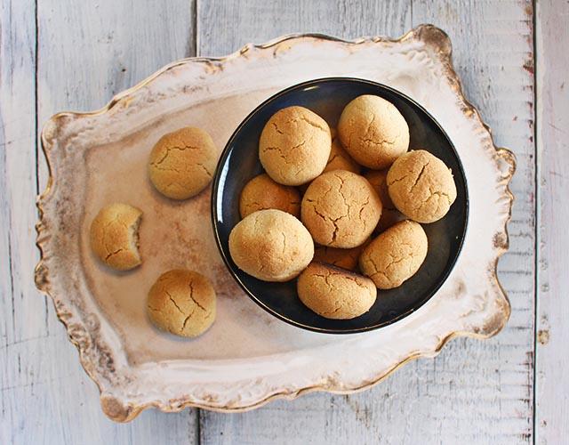 עוגיות ממרח שומשום וקוקוס