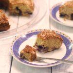 עוגת טחינה ואוכמניות